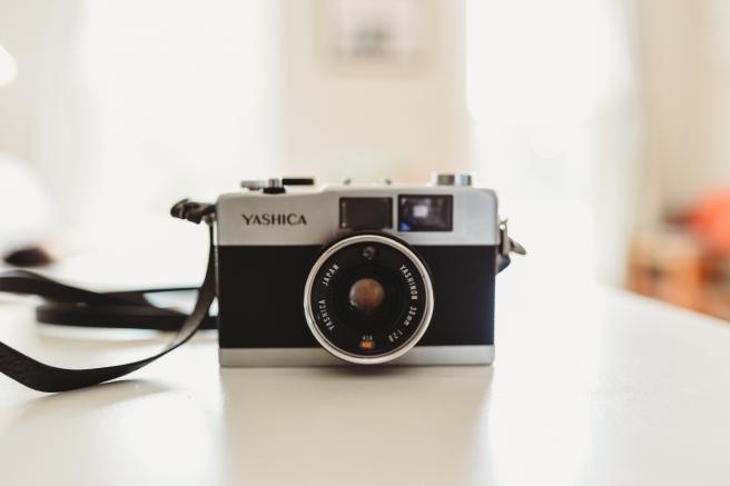 yashica-1